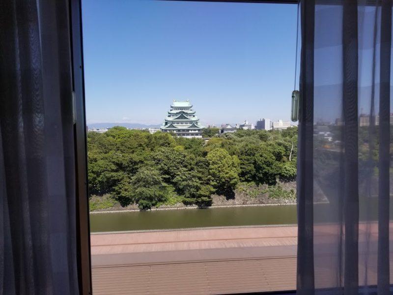 部屋から見える名古屋城