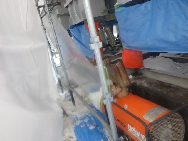 ハーネスヒーター内部暖房養生状況